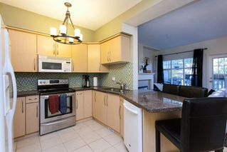 """Photo 4: 17 2733 PARKWAY Drive in Surrey: King George Corridor Townhouse for sale in """"Parkway Gardens"""" (South Surrey White Rock)  : MLS®# R2216623"""
