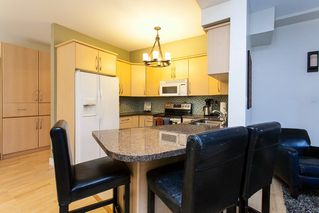 """Photo 5: 17 2733 PARKWAY Drive in Surrey: King George Corridor Townhouse for sale in """"Parkway Gardens"""" (South Surrey White Rock)  : MLS®# R2216623"""