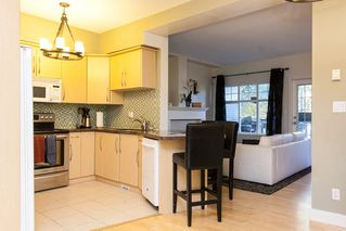 """Photo 7: 17 2733 PARKWAY Drive in Surrey: King George Corridor Townhouse for sale in """"Parkway Gardens"""" (South Surrey White Rock)  : MLS®# R2216623"""