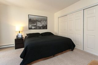 """Photo 16: 17 2733 PARKWAY Drive in Surrey: King George Corridor Townhouse for sale in """"Parkway Gardens"""" (South Surrey White Rock)  : MLS®# R2216623"""