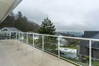 "Photo 3: 2668 GOODBRAND Drive in Abbotsford: Abbotsford East House for sale in ""Sumas Mt"" : MLS®# R2228805"
