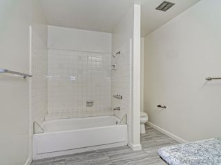 Photo 2: PACIFIC BEACH Apartment for rent : 2 bedrooms : 962 LORING STREET #1D