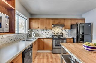 Photo 10: 4431 4 ST NW in Calgary: Highwood House for sale : MLS®# C4161486