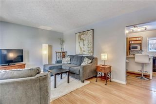 Photo 5: 4431 4 ST NW in Calgary: Highwood House for sale : MLS®# C4161486