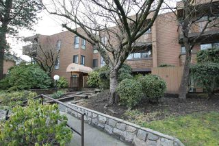 Photo 5: 322 7151 EDMONDS Street in Burnaby: Highgate Condo for sale (Burnaby South)  : MLS®# R2241490