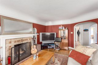 Photo 3: 2678 W 11TH Avenue in Vancouver: Kitsilano House for sale (Vancouver West)  : MLS®# R2246223