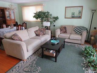 Photo 3: 754 Jefferson Avenue in Winnipeg: Garden City Residential for sale (4G)  : MLS®# 1803746