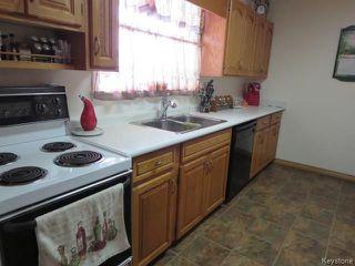 Photo 7: 754 Jefferson Avenue in Winnipeg: Garden City Residential for sale (4G)  : MLS®# 1803746