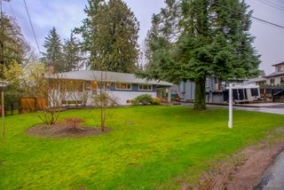 """Photo 3: 1381 CHINE Crescent in Coquitlam: Harbour Chines House for sale in """"Harbour Chines"""" : MLS®# R2262482"""