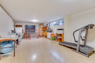 """Photo 18: 1381 CHINE Crescent in Coquitlam: Harbour Chines House for sale in """"Harbour Chines"""" : MLS®# R2262482"""