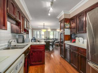 Photo 9: 12104 57A Avenue in Surrey: Panorama Ridge House for sale : MLS®# R2270929