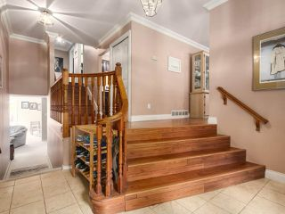 Photo 2: 12104 57A Avenue in Surrey: Panorama Ridge House for sale : MLS®# R2270929
