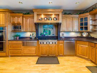 Photo 3: 1657 Islington Crt in COMOX: CV Comox (Town of) House for sale (Comox Valley)  : MLS®# 790596