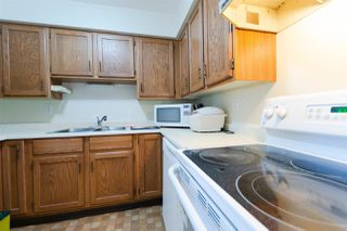 "Photo 6: 411 13316 OLD YALE Road in Surrey: Whalley Condo for sale in ""Yale House"" (North Surrey)  : MLS®# R2285927"