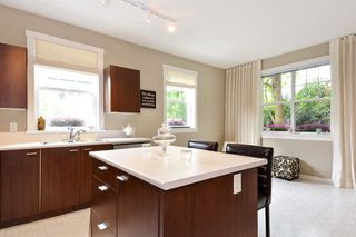 """Photo 7: 5 15075 60 Avenue in Surrey: Sullivan Station Townhouse for sale in """"Natures Walk"""" : MLS®# R2294794"""