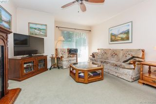 Photo 7: 18 4120 Interurban Road in VICTORIA: SW Strawberry Vale Townhouse for sale (Saanich West)  : MLS®# 399344