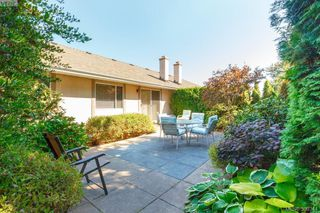 Photo 26: 18 4120 Interurban Road in VICTORIA: SW Strawberry Vale Townhouse for sale (Saanich West)  : MLS®# 399344