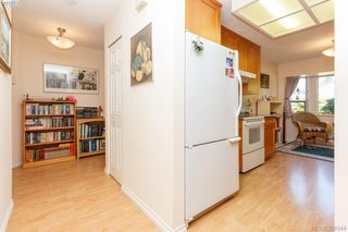 Photo 11: 18 4120 Interurban Road in VICTORIA: SW Strawberry Vale Townhouse for sale (Saanich West)  : MLS®# 399344
