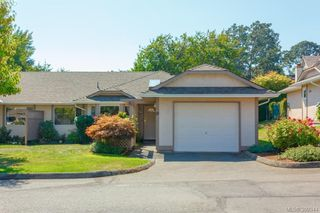 Photo 2: 18 4120 Interurban Road in VICTORIA: SW Strawberry Vale Townhouse for sale (Saanich West)  : MLS®# 399344