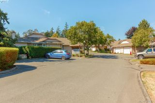 Photo 31: 18 4120 Interurban Rd in VICTORIA: SW Strawberry Vale Row/Townhouse for sale (Saanich West)  : MLS®# 796838