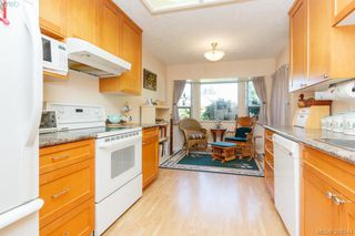 Photo 12: 18 4120 Interurban Road in VICTORIA: SW Strawberry Vale Townhouse for sale (Saanich West)  : MLS®# 399344