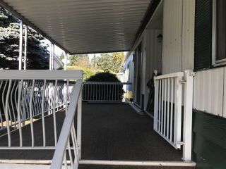 "Photo 3: 64 2270 196 Street in Langley: Campbell Valley Manufactured Home for sale in ""Pine Ridge Park"" : MLS®# R2312286"