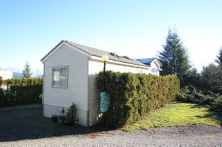 """Photo 11: 1 2170 PORT MELLON Highway in Gibsons: Gibsons & Area Manufactured Home for sale in """"LANGDALE HEIGHTS"""" (Sunshine Coast)  : MLS®# R2330760"""