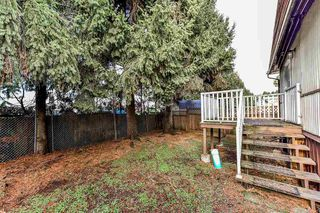 """Photo 2: 275 201 CAYER Street in Coquitlam: Maillardville Manufactured Home for sale in """"WILDWOOD PARK"""" : MLS®# R2333197"""