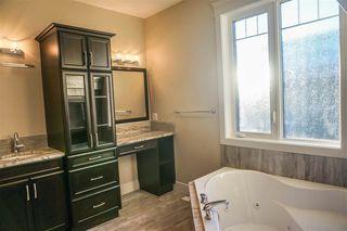 Photo 18: 7105 BANNOCK Bay in Edmonton: Zone 27 House for sale : MLS®# E4141056