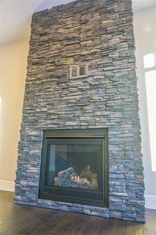 Photo 6: 7105 BANNOCK Bay in Edmonton: Zone 27 House for sale : MLS®# E4141056