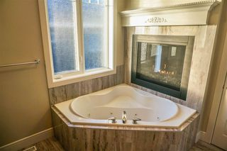 Photo 16: 7105 BANNOCK Bay in Edmonton: Zone 27 House for sale : MLS®# E4141056