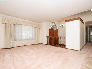 Photo 3: 1788 Fairfax Pl in NORTH SAANICH: NS Dean Park Single Family Detached for sale (North Saanich)  : MLS®# 807052