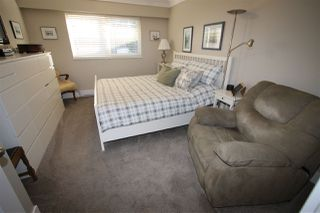 Photo 8: 4 9493 BROADWAY Street in Chilliwack: Chilliwack E Young-Yale Townhouse for sale : MLS®# R2345333