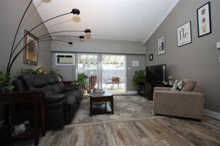 Photo 4: 4 9493 BROADWAY Street in Chilliwack: Chilliwack E Young-Yale Townhouse for sale : MLS®# R2345333