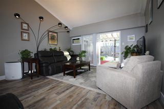 Photo 5: 4 9493 BROADWAY Street in Chilliwack: Chilliwack E Young-Yale Townhouse for sale : MLS®# R2345333