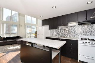 Photo 3: 1109 933 SEYMOUR Street in Vancouver: Downtown VW Condo for sale (Vancouver West)  : MLS®# R2346204