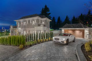 Main Photo: 1705 PALMERSTON Avenue in West Vancouver: Ambleside House for sale : MLS®# R2350412