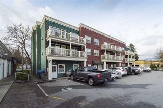 Photo 3: 205 9124 GLOVER Road in Langley: Fort Langley Condo for sale : MLS®# R2351297