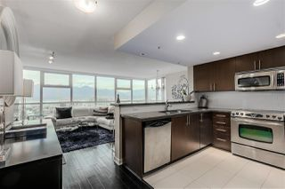 "Photo 2: 1801 125 MILROSS Avenue in Vancouver: Downtown VE Condo for sale in ""Creekside"" (Vancouver East)  : MLS®# R2355914"