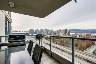 "Photo 7: 1801 125 MILROSS Avenue in Vancouver: Downtown VE Condo for sale in ""Creekside"" (Vancouver East)  : MLS®# R2355914"