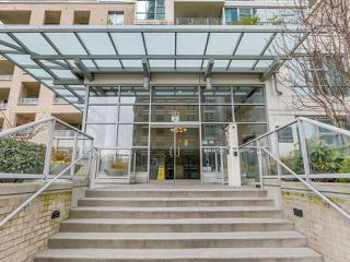 "Photo 15: 1801 125 MILROSS Avenue in Vancouver: Downtown VE Condo for sale in ""Creekside"" (Vancouver East)  : MLS®# R2355914"