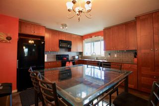Photo 3: 3107 104 Avenue in Edmonton: Zone 23 House for sale : MLS®# E4151121