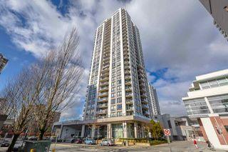 "Photo 1: 2506 2979 GLEN Drive in Coquitlam: North Coquitlam Condo for sale in ""ALTAMONTE"" : MLS®# R2362036"