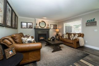 "Photo 9: 21004 86 Avenue in Langley: Walnut Grove House for sale in ""Manor Park"" : MLS®# R2365465"