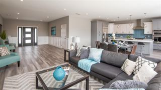 Photo 5: CLAIREMONT House for sale : 4 bedrooms : 4801 Mount Armour in San Diego