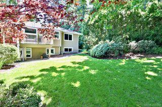 Photo 10: 2180 Ridgedown Place in SAANICHTON: CS Saanichton Single Family Detached for sale (Central Saanich)  : MLS®# 411059