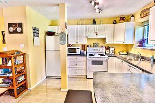 Photo 8: 2180 Ridgedown Place in SAANICHTON: CS Saanichton Single Family Detached for sale (Central Saanich)  : MLS®# 411059