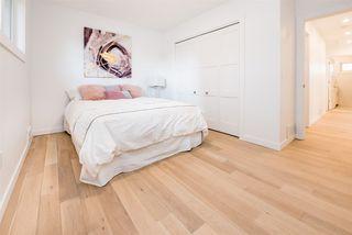 Photo 16: 9235 74 Street in Edmonton: Zone 18 House for sale : MLS®# E4158327
