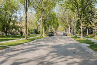 Photo 4: 7540 81 Avenue in Edmonton: Zone 17 Attached Home for sale : MLS®# E4159011