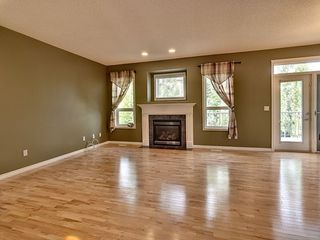 Photo 3: 37 1251 Rutherford Road in Edmonton: Zone 55 Townhouse for sale : MLS®# E4160889